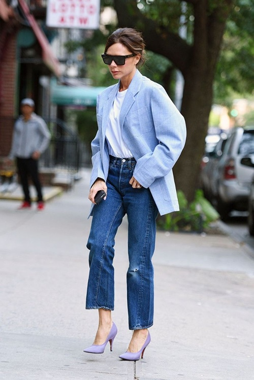 5 cach dien jeans sang trong cua victoria beckham hinh anh 4