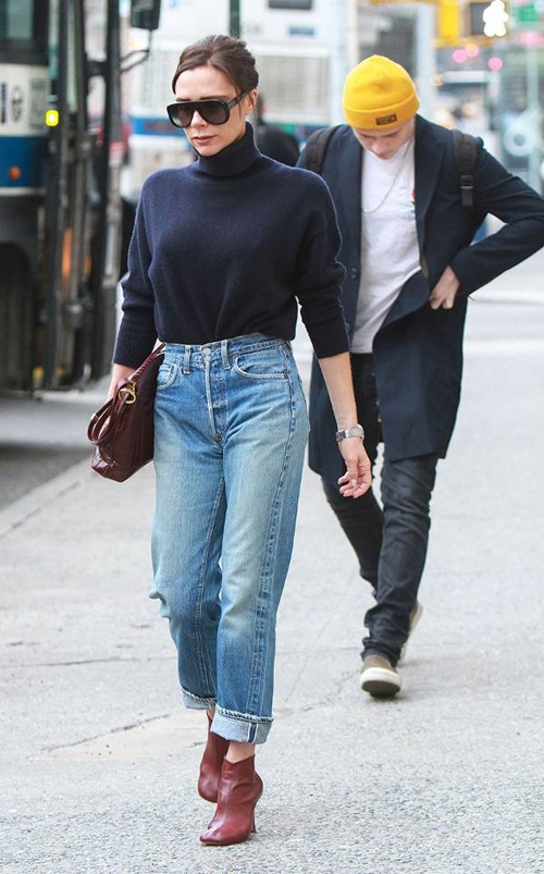 5 cach dien jeans sang trong cua victoria beckham hinh anh 5
