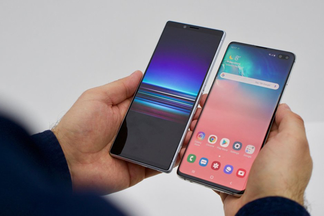 so gang galaxy s10+ va sony xperia 1 hinh anh 6