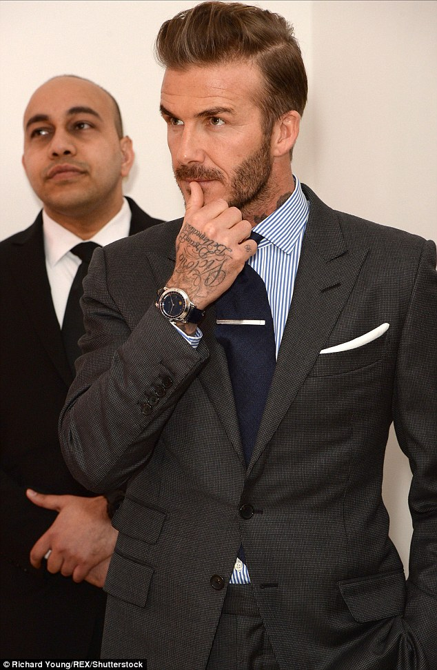 he lo ve chiec dong ho david beckham deo khi toi viet nam hinh anh 6