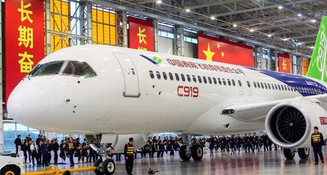 """bloomberg: tham hoa boeing 737 la co hoi co """"1-0-2"""" cho may bay """"made in china"""" hinh anh 2"""