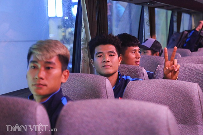 u23 viet nam ve que an tet trong vong tay chao don cua nguoi ham mo hinh anh 11
