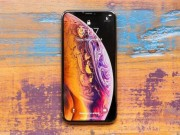 Khong du tien sam iPhone 11, co nen chon mua iPhone XS de choi Tet?