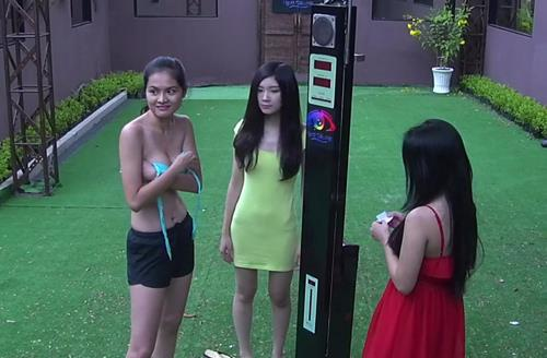 soc voi gameshow chieu canh phong the, dat cau hoi dung tuc phan cam hinh anh 9