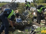 The gioi - Tham hoa may bay MH17: Ukraine bat ngo sa thai tat ca cong to vien dieu tra