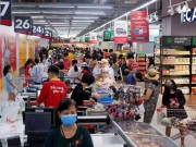 Moi: VinMart, VinMart+ co day du nguon cung hang hoa, tang ban hang online