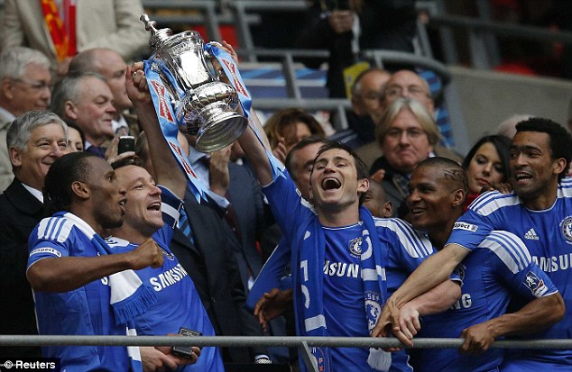 chelsea han hoan mung vo dich fa cup hinh anh 2