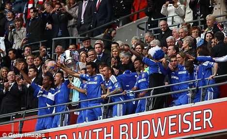 chelsea han hoan mung vo dich fa cup hinh anh 7