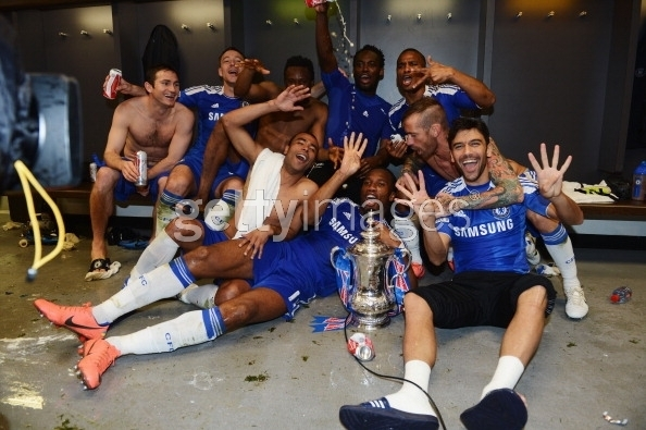 chelsea han hoan mung vo dich fa cup hinh anh 8