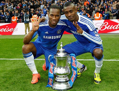 chelsea han hoan mung vo dich fa cup hinh anh 9