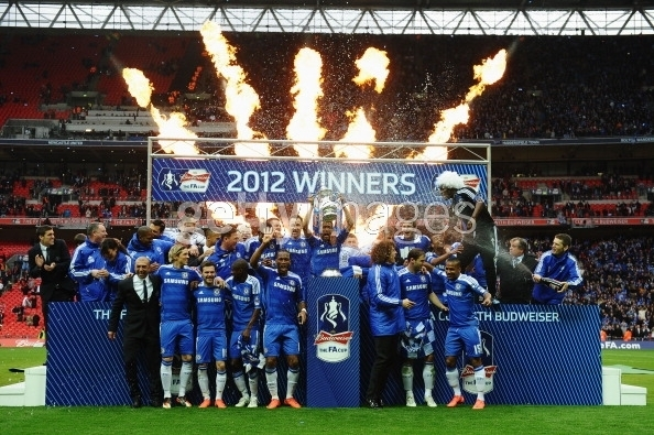 chelsea han hoan mung vo dich fa cup hinh anh 11