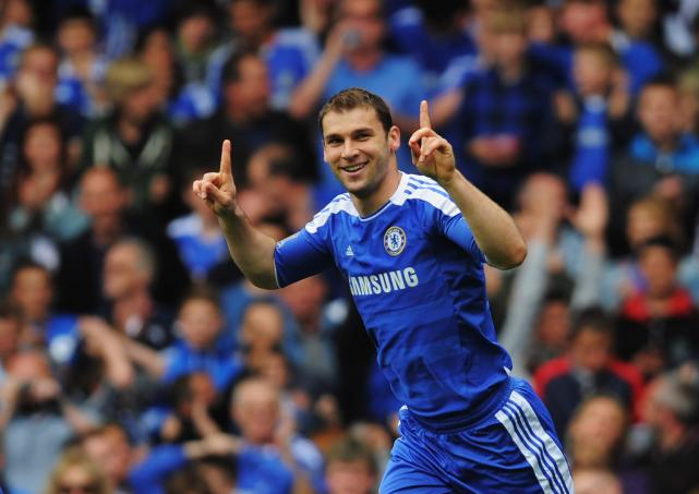 """mourinho muon """"cuop nguoi"""" cua chelsea hinh anh 1"""