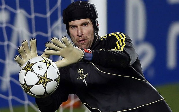 day cech den psg, chelsea don cho cho courtois hinh anh 1