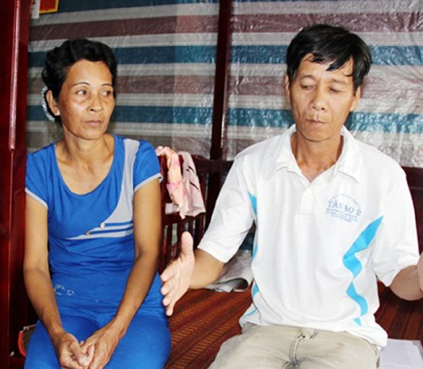gia dinh mang an oan 2 nam duoc tam ung boi thuong hinh anh 1