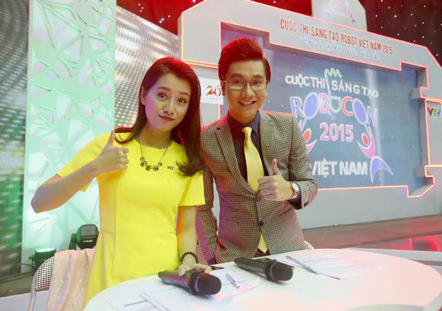 cong to, quynh chi nhi nhanh lam mc robocon vn 2015 hinh anh 1
