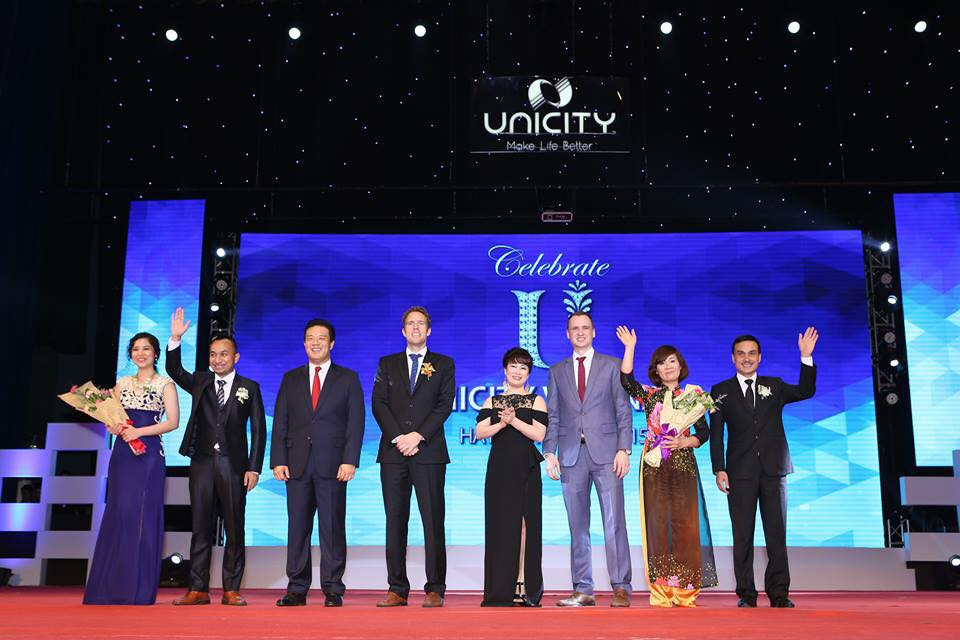 unicity – nhan rong vong tay nhan ai hinh anh 2