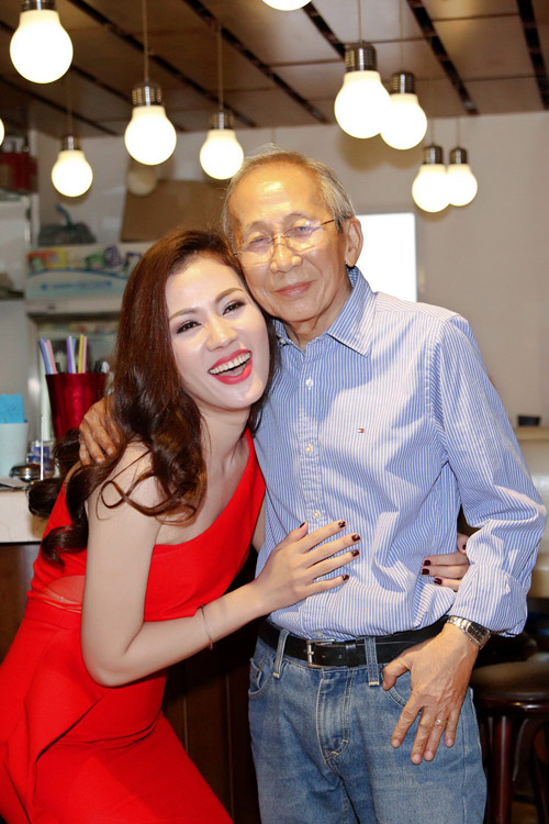 "nguyen anh 9 khong du tien moi khanh ly hat ""show cuoi doi"" hinh anh 3"