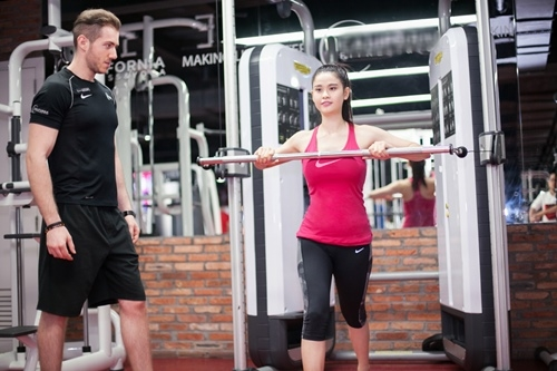 ngam truong quynh anh goi cam tap gym hinh anh 8