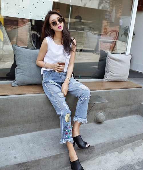 "co thu thuoc phien mang ten ""jeans rach"" hinh anh 2"