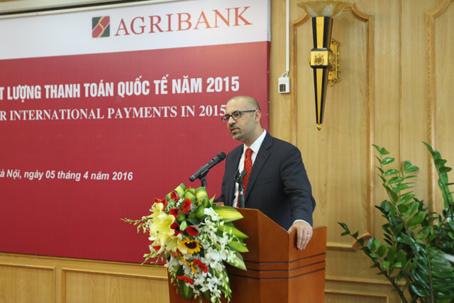 agribank nhan giai thuong chat luong thanh toan quoc te nam 2015tu standard chartered bank hinh anh 2