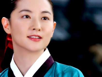 lee young ae cuu song em be nguoi viet trong lang le hinh anh 3