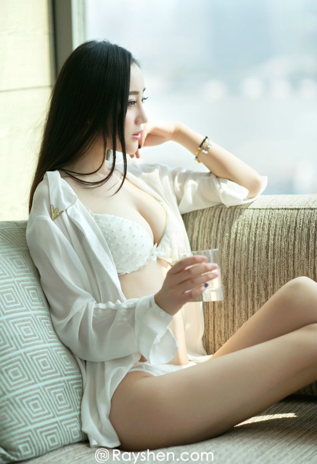 "hot girl nghe thuat dep ""kho cuong"" voi noi y hinh anh 5"