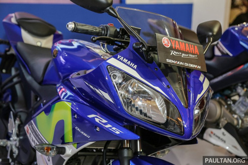 yamaha r15 movistar 2016 dam chat the thao xuat hien hinh anh 3