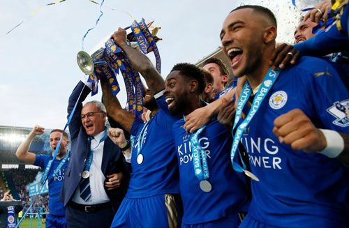 chum anh leicester vo oa trong ngay dang quang o premier league hinh anh 5