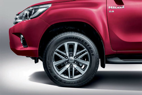 toyota hilux 2016 ra mat o malaysia, gia re hon vn hinh anh 5