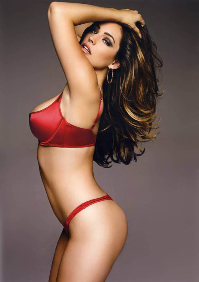 kelly brook dep hoan hao voi khuon nguc 99cm hinh anh 9