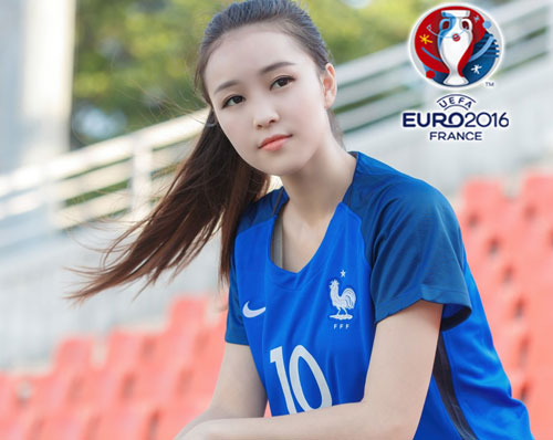 hot girl trung quoc ung ho dt phap vo dich euro 2016 hinh anh 5