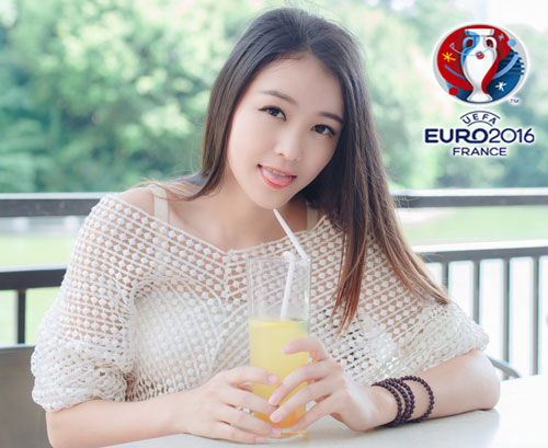 hot girl trung quoc ung ho dt phap vo dich euro 2016 hinh anh 15