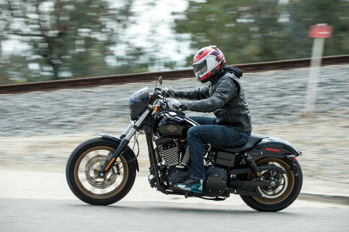 harley-davidson low rider s: xe lon cho cac tay lai nho con hinh anh 1