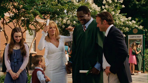 "hbo chieu lai ""the blind side"" khien fan viet khoc het nuoc mat hinh anh 3"