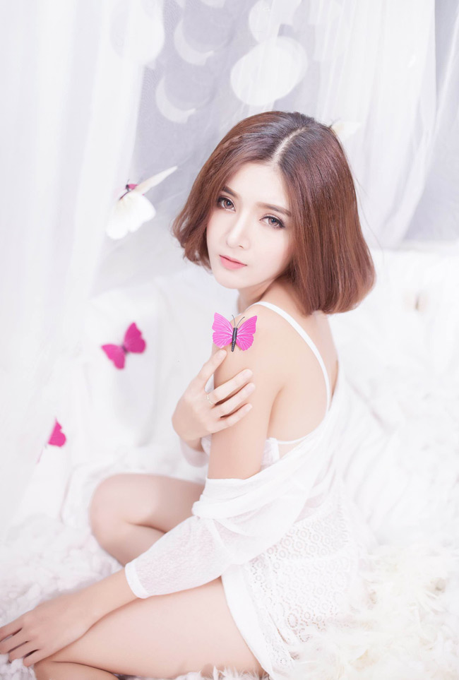 ngam bo anh day goi cam cua hot girl lilly luta hinh anh 8