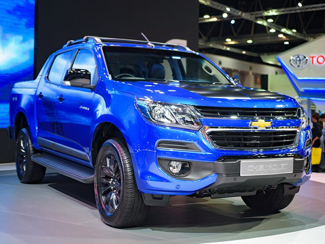 Chevrolet Colorado High Country Storm gia tu 680 trieu dong