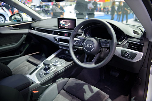 audi a5 coupe gia 2,6 ty dong danh cho dan choi hinh anh 4