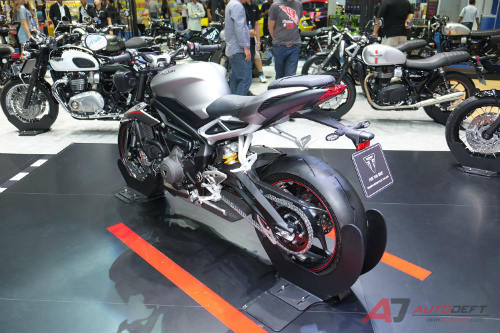 2017 triumph street triple rs bao gio ve viet nam? hinh anh 5