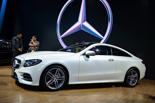 mercedes e-class coupe gia 2,6 ty dong dep me hoac hinh anh 3