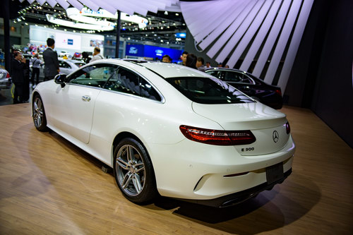 mercedes e-class coupe gia 2,6 ty dong dep me hoac hinh anh 5
