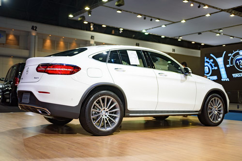 mercedes glc coupe 2,6 ty dong dau bmw x4 hinh anh 3