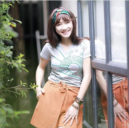 anh doi thuong tiet lo vong eo that cua nha phuong hinh anh 6