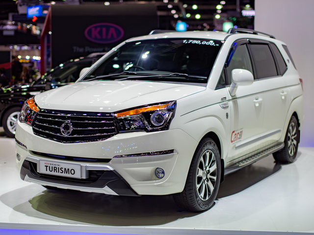 ssangyong stavic turismo: xe 9 cho han quoc the he moi hinh anh 1