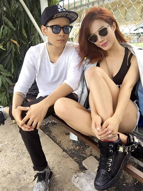 nong ruc voi my nu co dang ngoi sexy nhat showbiz viet hinh anh 4