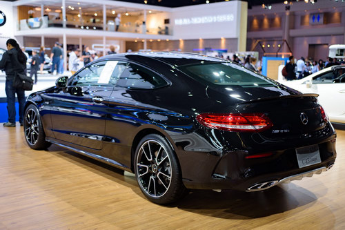 "mercedes-amg c43 coupe: ""quy nho"" toc do gia 3,4 ty dong hinh anh 5"