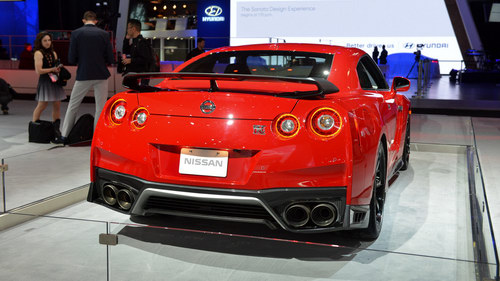 nissan gt-r them ban track edition, gia 3 ty dong hinh anh 4