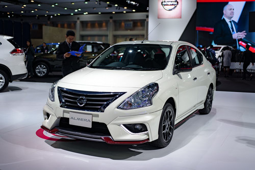 can canh nissan sunny nismo 2017 gia 356 trieu dong hinh anh 2