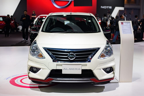 can canh nissan sunny nismo 2017 gia 356 trieu dong hinh anh 3