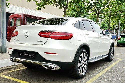 mercedes glc 300 coupe gia 2,9 ty dong o viet nam hinh anh 2