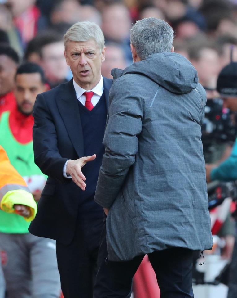"can canh wenger va mourinho ""khau chien"" tai emirates hinh anh 3"